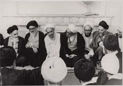 دیدار علما و شخصیتهای داخلی با امام در قم