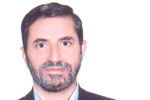 جمشیدی: مهم ترین پیامد 15 خرداد مطرح شدن رژیم در مقابل مردم و مردم در مقابل رژیم به رهبری امام خمینی است