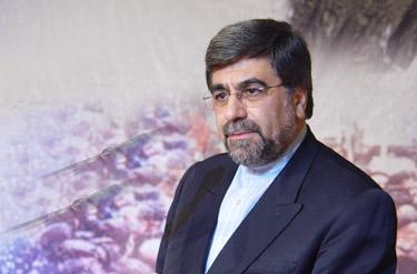 نام و یاد امام خمینی دولت پاینده است