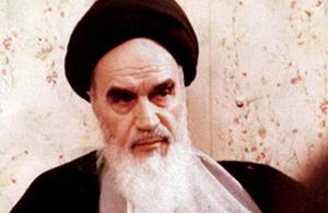 تقریری نو از دلایل آمیختگی دین و سیاست از منظر امام خمینی(س)