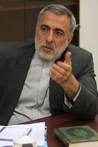 حسین شیخ الاسلام: امام دیپلمات بسیار زبده ای بود