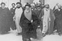 ورود امام به کربلا و استقبال پر شور طلاب، روحانیون و مردم