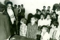 تنها معلمی که امام خمینی(س) به کلاس او رفت