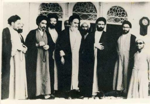 امام در حوزه علمیه نجف