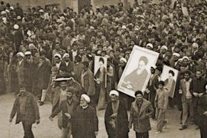 مروری بر روند رخداد انقلاب اسلامی