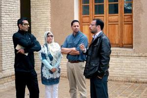 زوج گردشگر آمریکایی از بیت تاریخی امام(س) در خمین دیدن کردند