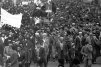 تجلیل امام از قیام مردم  آذربایجان و شهدای تبریز در چهلم این قیام