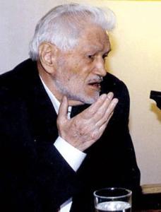 """""""عالی نسب"""" در توسعه و تکامل نظام جمهوری اسلامی نقش اساسی داشت"""