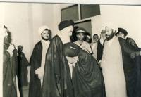 دیدار عده ای از اهالی شیراز با امام در قم
