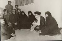 دیدار یک خانواده با امام در قم