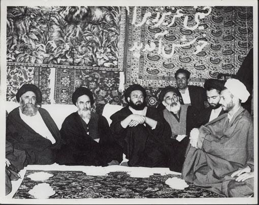 مراسم جشن در قم بمناسبت آزادی امام از زندان