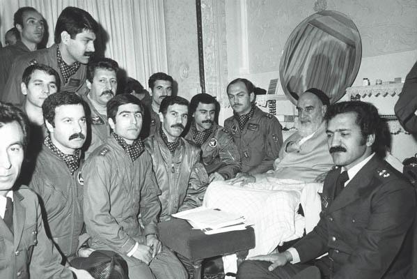 دیدار پرسنل نیروی هوایی با امام در جماران
