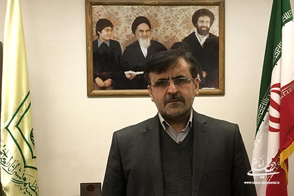 پرداختن به آرا و سیره امام خمینی (س) یک ضرورت تاریخی