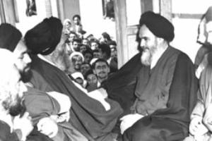 دیدار مردم با امام در قم پس از آزادی از زندان
