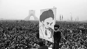 حضور زنان در انقلاب، جزء شاخص های برتر تفاوت انقلاب اسلامی با سایر انقلاب های همزمان