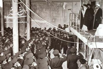 امام خمینی و ارتش