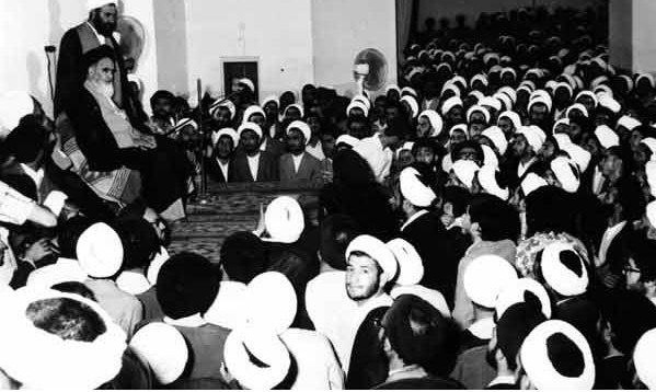 تعیین استراتژی نظام جمهوری اسلامی ایران- رسالت حوزه های علمیه- منشور روحانیت