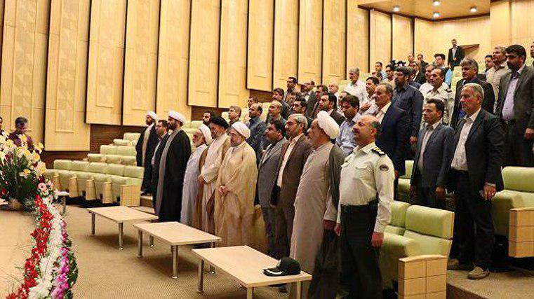 جلسه شورای اداری استان مرکزی در سالن آمفی تئاتر بیت حضرت امام در خمین برگزار شد
