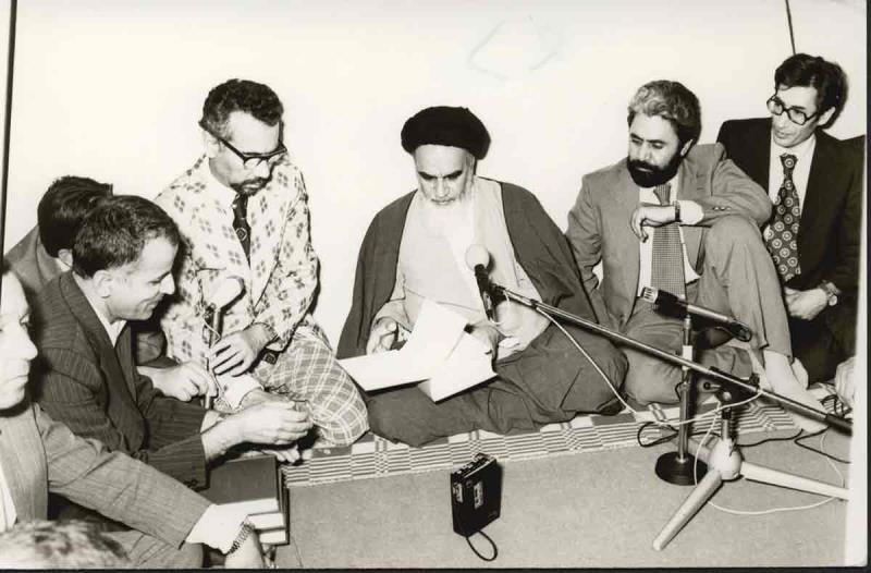 دیدار وزیر علوم و اساتید دانشگاه با امام در قم