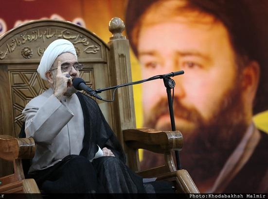 حجت الاسلام و المسلمین دکتر مقدم: حاج احمد آقا هرگز اجازه نداد، امام متصل به یک جناح سیاسی خاص دانسته شود