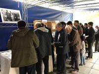 نمایشگاه عکس و کتاب سالروز شهادت حاج آقا مصطفی خمینی درحاشیه نماز جمعه برگزار شد