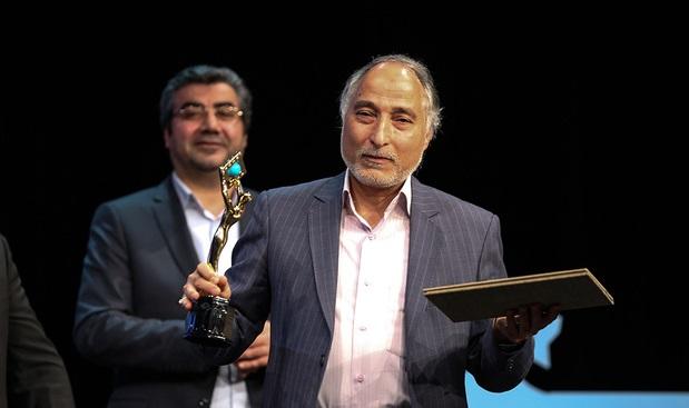 بانو قدس ایران به جمع ده فیلم منتخب بخش مستند سی و ششمین جشنواره فیلم فجر راه پیدا کرد