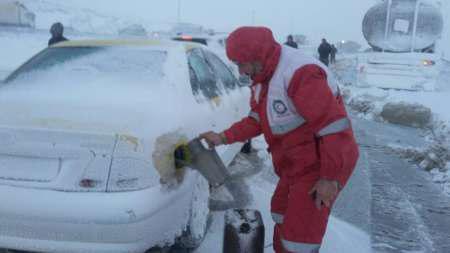 اسکان مسافران گرفتار در برف در حرم مطهر امام خمینی(ره)