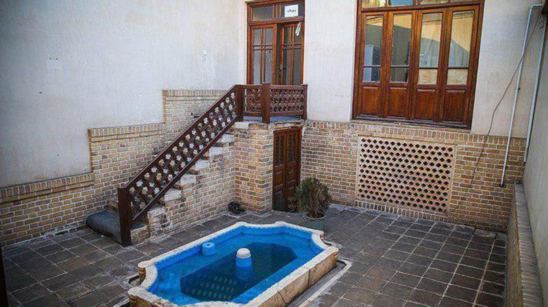 منزل حضرت امام در قم نماد هویت فرهنگی و انقلابی ملت ایران است