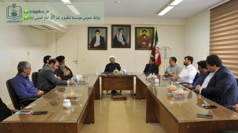 مراسم معارفه مدیر جدید مجموعه فرهنگی - تاریخی خمین در موسسه برگزار شد