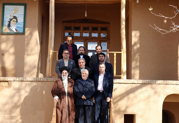 معاون امور استان های صدا و سیما از زادگاه امام خمینی(س) بازدید کرد