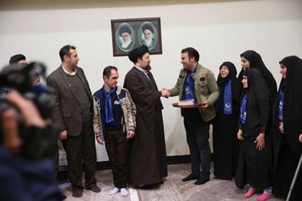 دیدار جمعی از اعضای موسسه خیریه«کلبه مهربانی» با آیت الله سید حسن خمینی