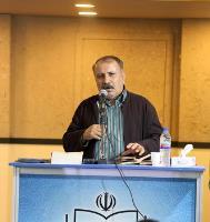 """شعر خوانی محمود اکرامی فر در """"محفل شعر حضور"""""""