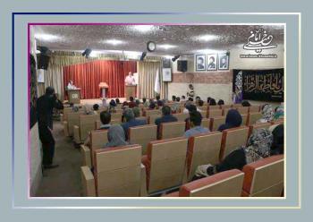 چهاردهمین پاتوق شاعرانه در نگارستان امام خمینی (س) برگزار شد+گزارش تصویری