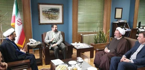 برگزار کنندگان جشنواره تئاتر روح الله با معاون هنری وزارت فرهنگ و ارشاد اسلامی دیدار کردند