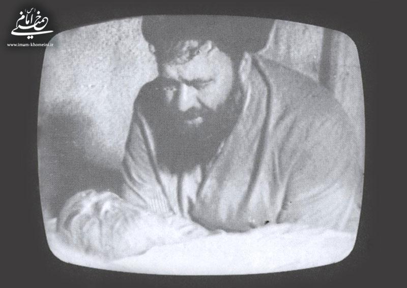 احمد خمینی و پدر