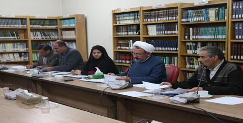 اعلام اسامی آثار راه یافته به مرحله نهایی دربخش نمایش های صحنه ای سومین جشنواره تئاتر روح الله