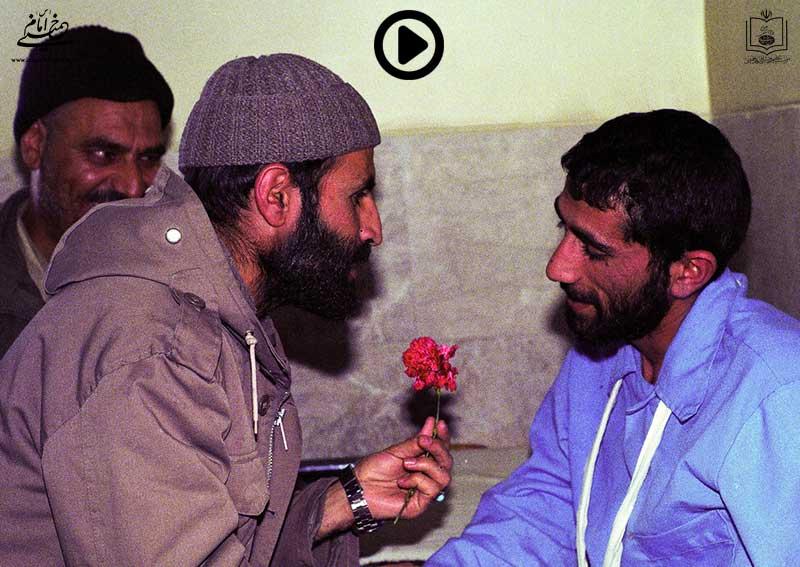 فیلم سخنرانی حضرت امام در جمع سفرای خارجی تشریح وضعیت ایران در جنگ