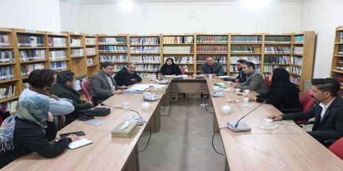 نشست هم اندیشی نمایش های صحنه ای جشنواره تئاتر روح الله