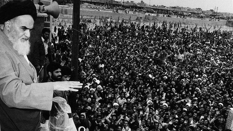 علت اصرار امام به برگزاری رفراندوم جمهوری اسلامی چه بود؟