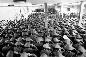 برگی از صحیفه رشادت های مردمی (۵)؛ ارتش مورد لطف ملت بود