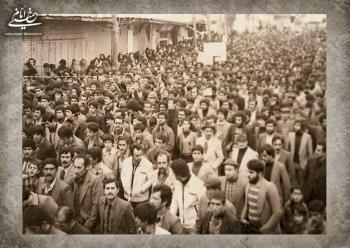 انقلاب به روایت دیگران (۱۷ بهمن ۱۳۵۷)