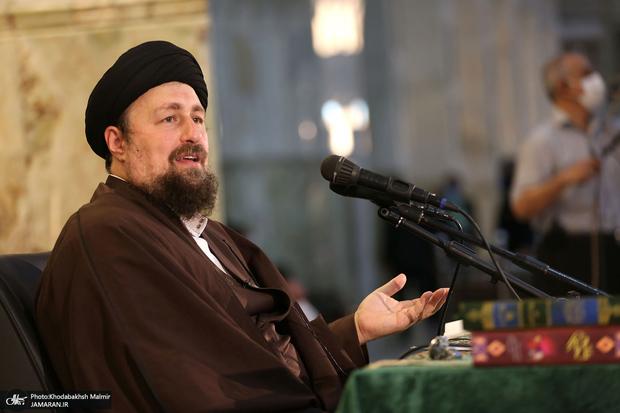 سید حسن خمینی در حرم مطهر