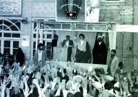 سخنرانی امام در مدرسه فیضیه: من از ملت می خواهم که این نهضت را نگهدارند