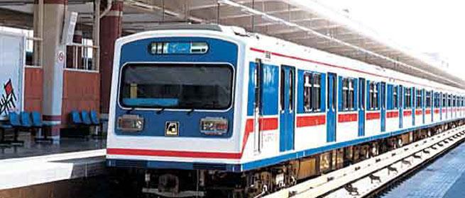 مترو کرج زائران مرقد امام(ره) را رایگان جابه جا می کند