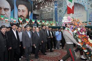 تجدید میثاق وزیر آموزش و پرورش و جمعی از فرهنگیان با آرمان های امام خمینی(س)