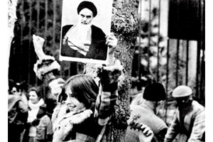 امام خمینی صدای انقلاب ایران در آنسوی مرزها