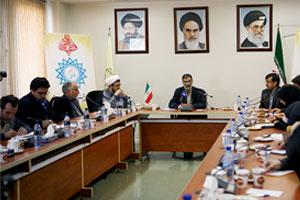 برگزاری همایش بزرگداشت همسر امام خمینی در فرودین ماه سال آینده