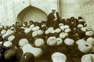 برگی از تاریخ / مهاجرت و اعتصاب علما در پشتبانی از حضرت امام (س)