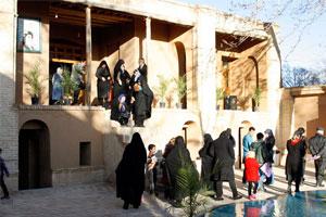 بازدید ۲۲ هزار گردشگر نوروزی از بیت تاریخی امام (س) در خمین