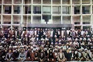 آزادی مردم در انتخابات / مجاز نبودن استفاده از سهم امام در امر انتخابات